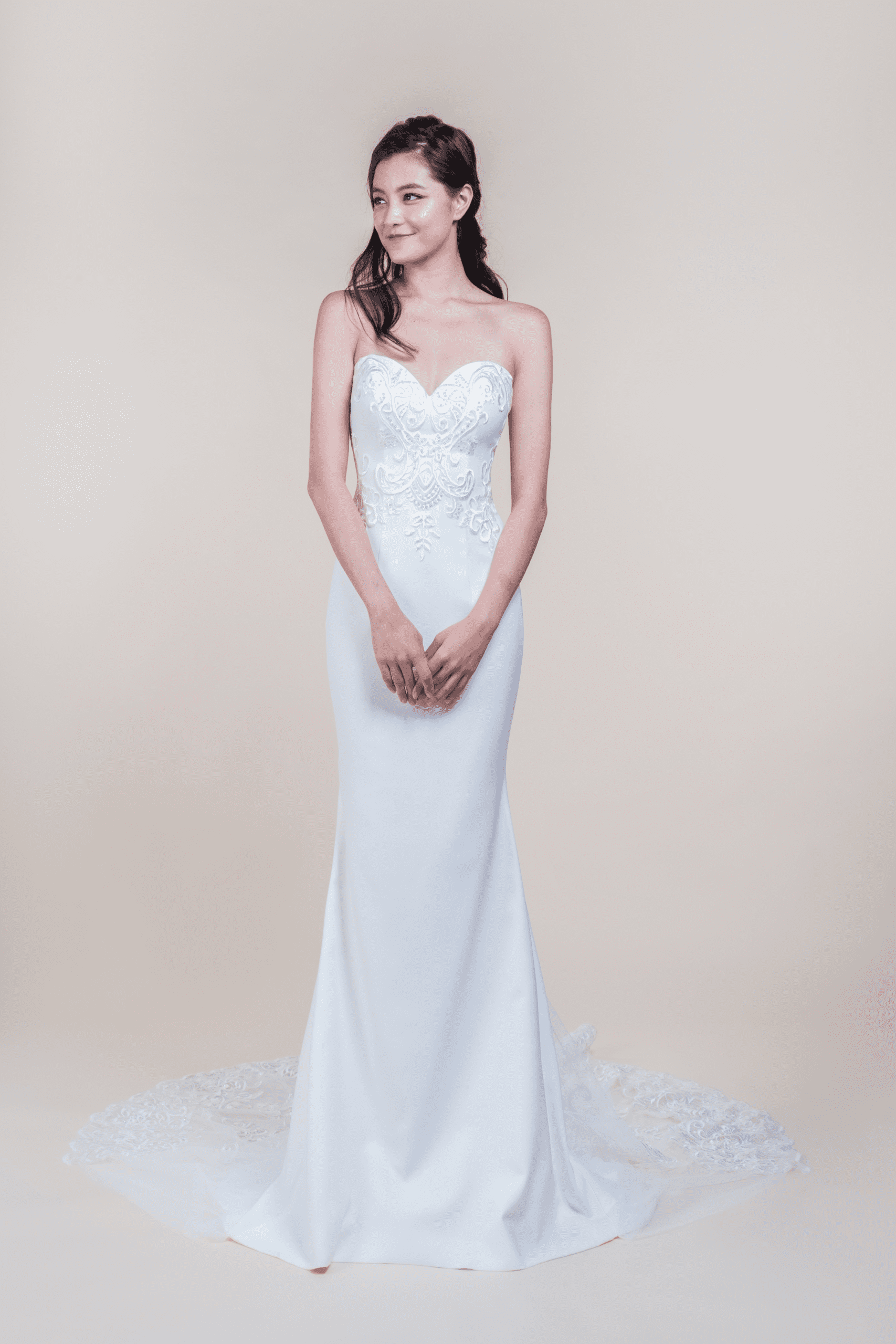 Audrey-affordable-Wedding-Gown-for-rent-in-Singapore