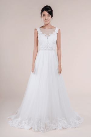 Charlotte-affordable Bridal Gown for rent in Singapore