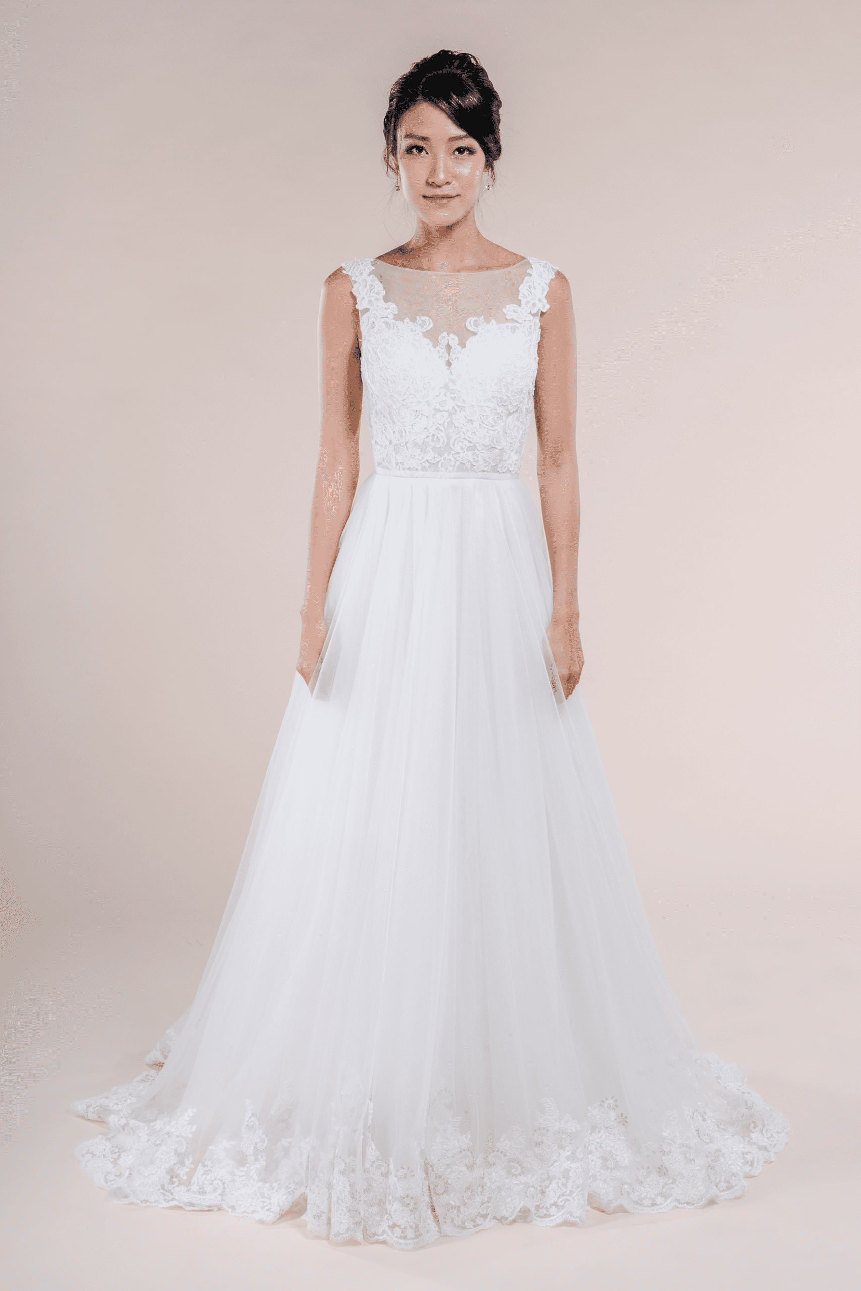 Charlotte-affordable-Bridal-Gown-for-rent-in-Singapore