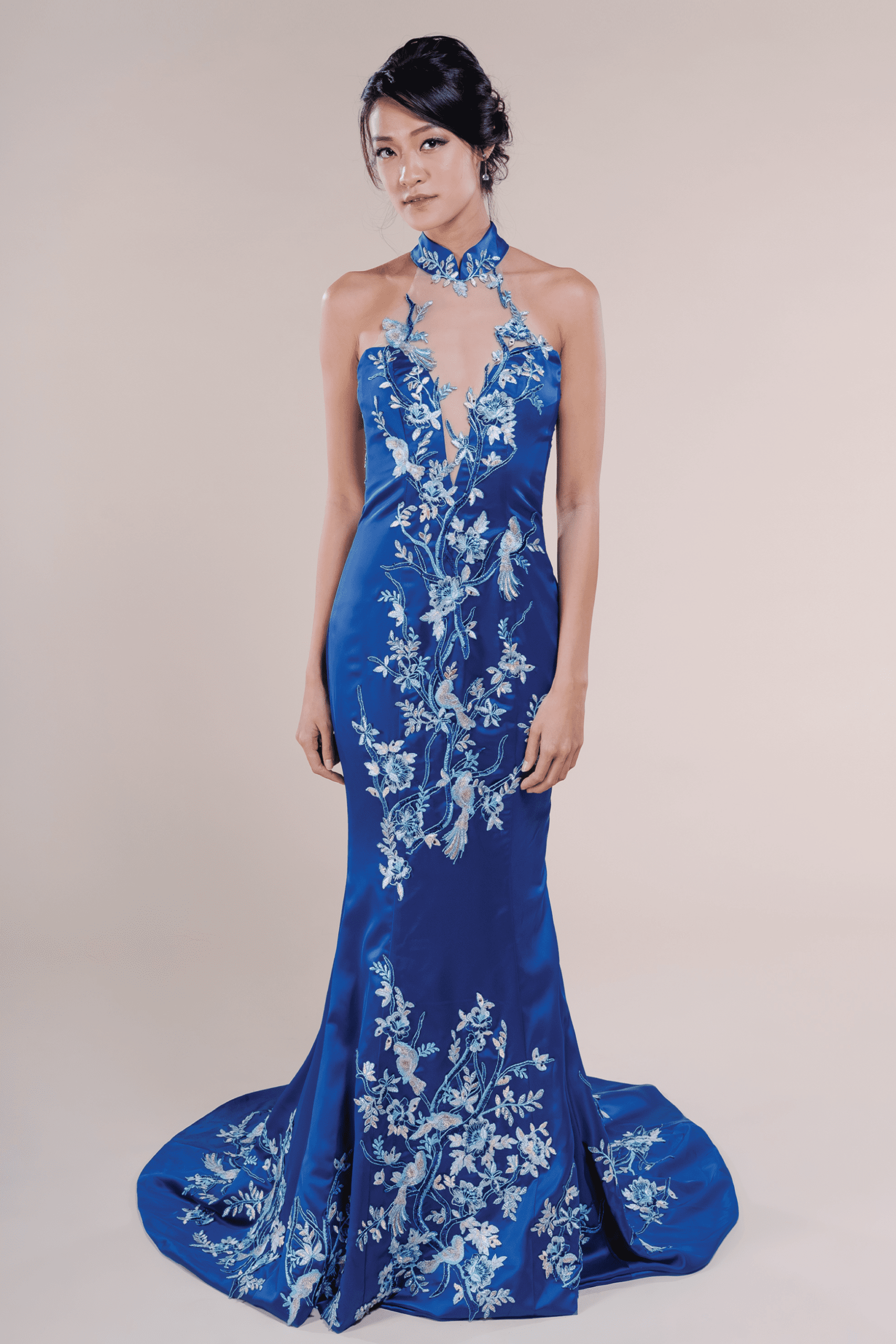 Delphine-affordable-Wedding-Cheongsam-for-rent-in-Singapore