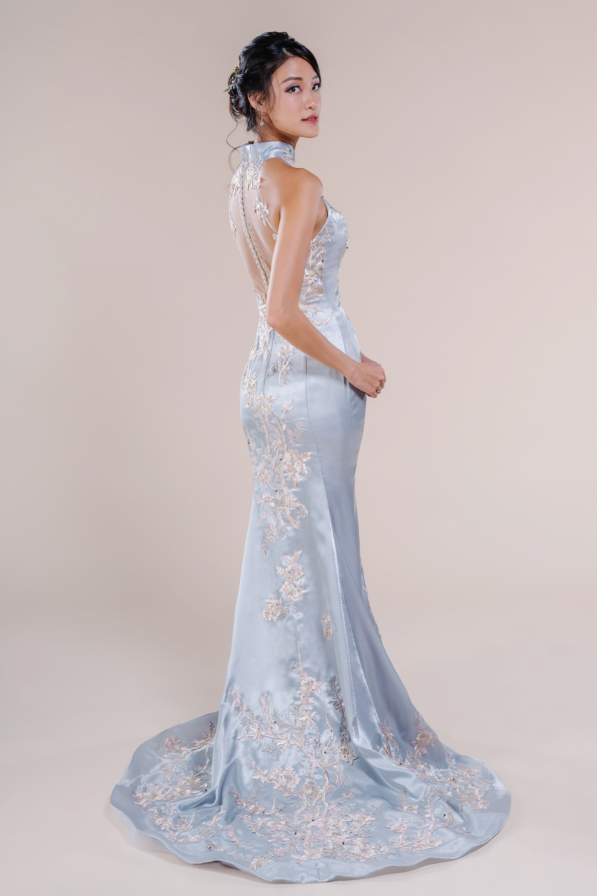 Denise-affordable Wedding Cheongsam for rent in Singapore